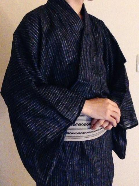 Beriko X すず屋《BL妄想POSE集 2》,超魔性身材滿足你的視姦慾!