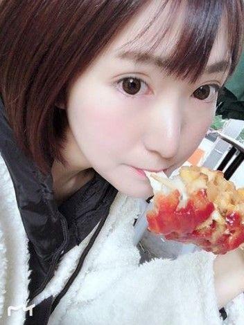 【影片】百合大好!日本YouTuber《丸の内OLレイナ》遭流出「女女摸摸片」60分鐘!