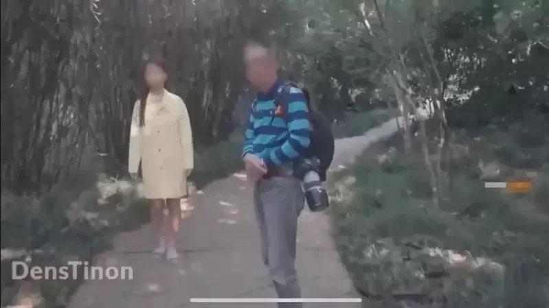 【影片】全裸女子逛校園《上海復旦大學極限露出》網友怒批玷汙學校!