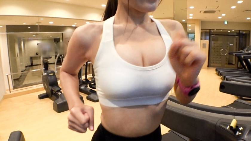 【素人】健身房輕熟女 「緊實細腰+I級巨乳」太撩人!緊身褲翹臀讓男優只想衝撞!