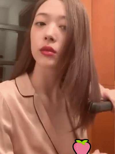 【影片】《雪莉 Sulli》直播事故「不穿內衣」露點流出!走光長達50秒!
