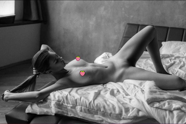 【多圖】俄羅斯嫩妻《Natali Tihomirova》巨奶白虎見客,淫蕩到你想NTR!