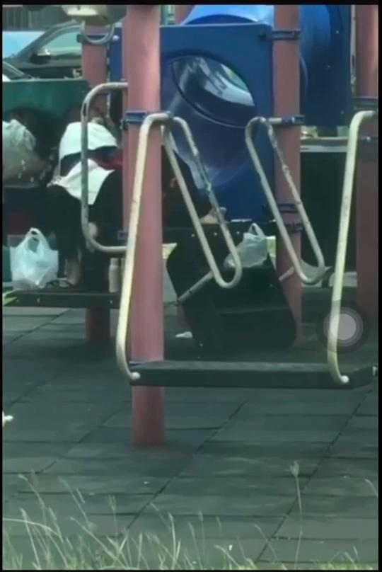 【影片】漁光島2.0?台南巴洛公園「動動手運動」網:沒有保持社交距離!