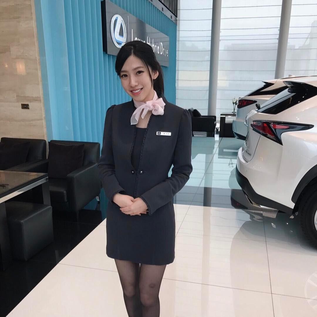 【有片】衝業績讓顧客「上車」!女神級汽車業務性愛影片流出!