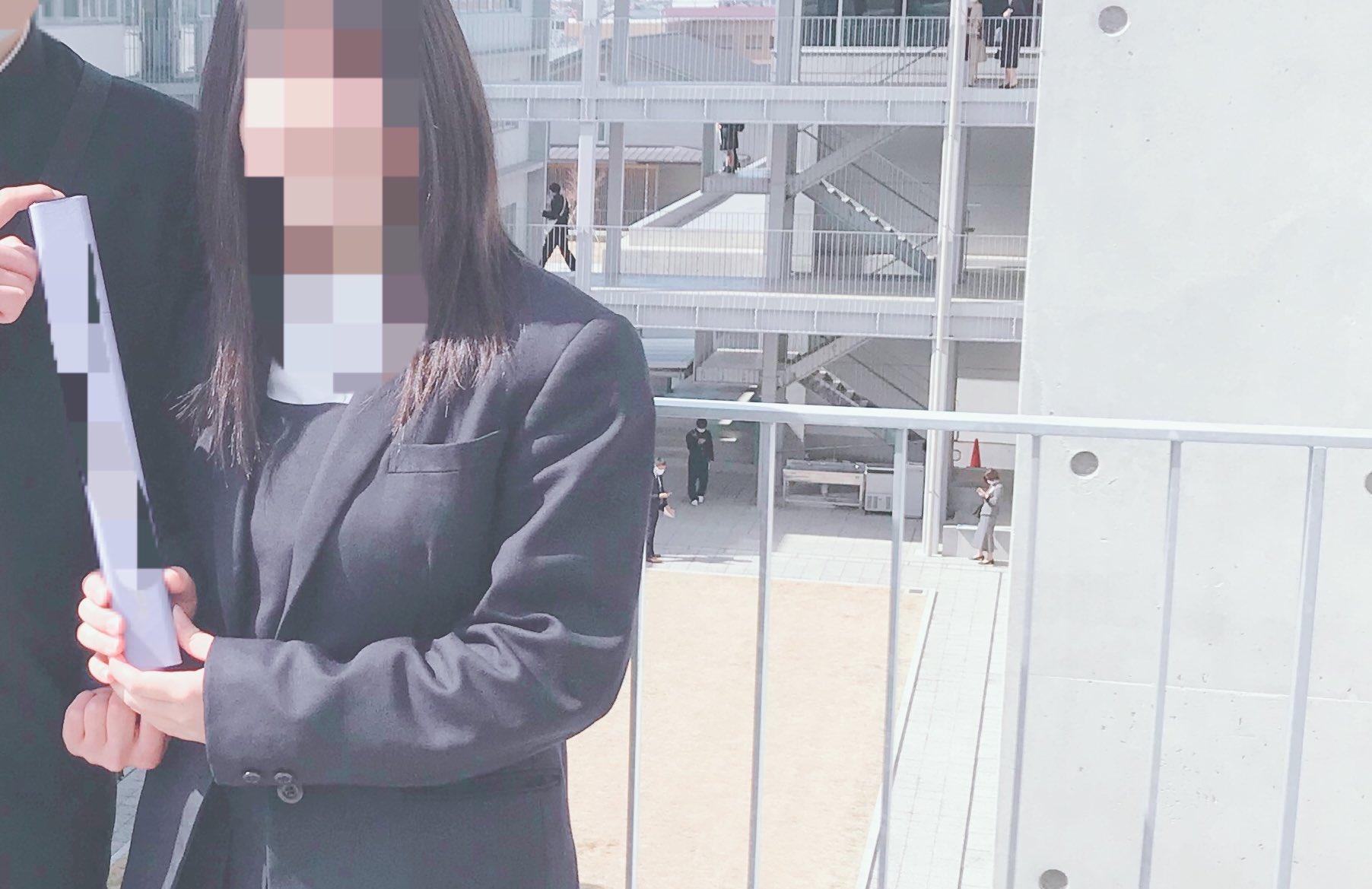【圖 + 影】高中畢業大解放!18歲巨乳妹自拍「手部運動片」無毛下體潮水氾濫!