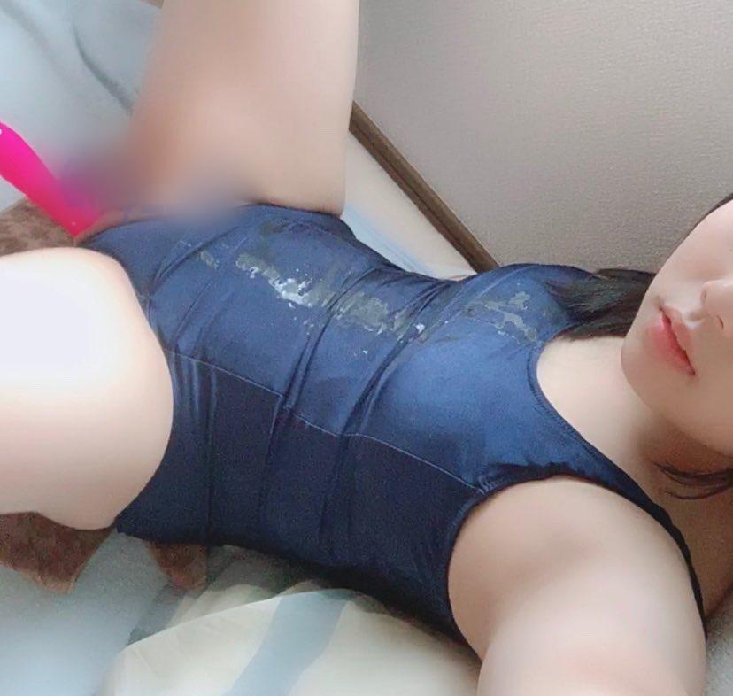 【圖+影】18歲美少女Cosplay激萌自拍!無毛美縫「爽玩棒棒」插到高潮!