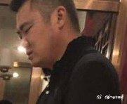 【影片】飯吃著吃著就被吃了!19歲山東濰坊學生妹「3男1女」包廂激戰瘋傳!