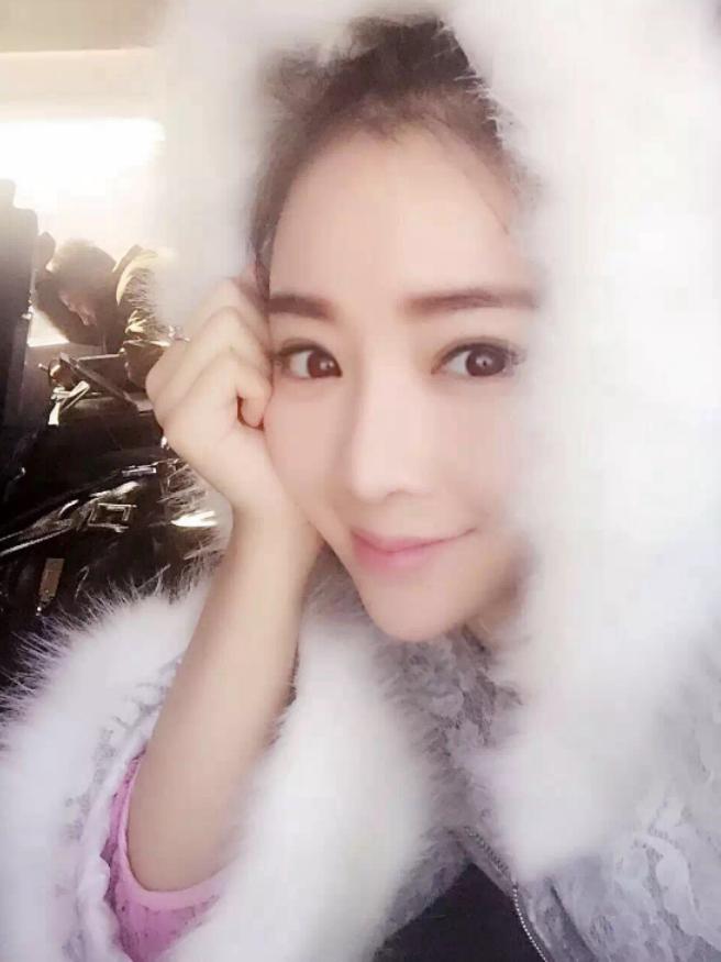 【影片】中國新生代演員《王珊》慘遭「潛規則」流出!獻上粉嫩穴穴就為了求上位?