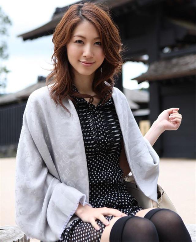 【套圖】極品女優宮瀨裡子寫真