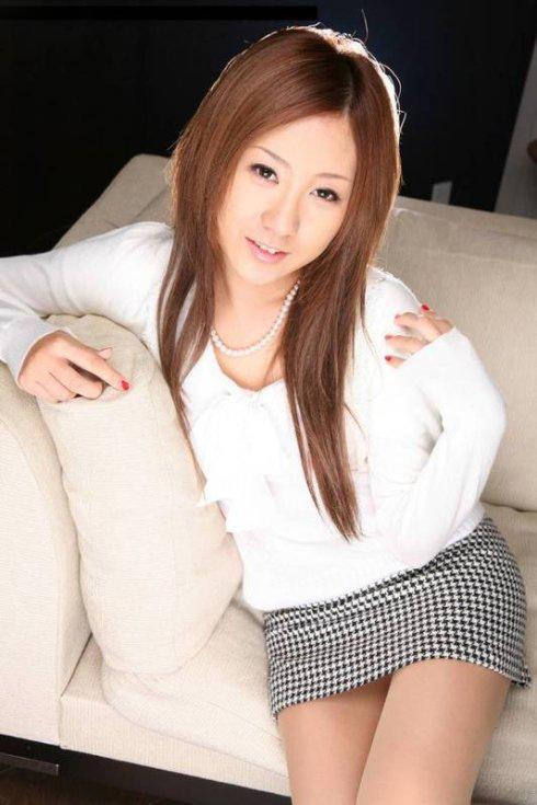 【套圖】日本女優森高七海作品封面圖