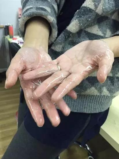 【測評】女人高潮不斷的秘密,DMM 特濃潤滑液!