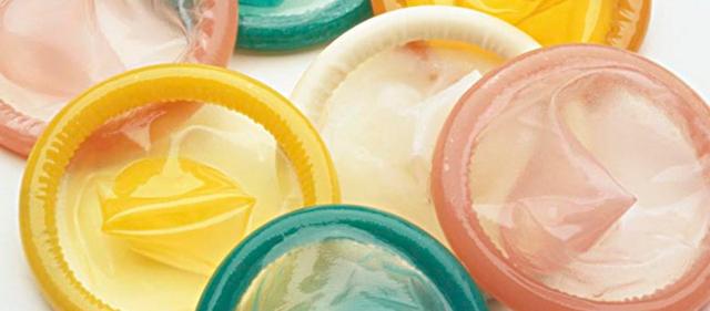 三月內接連懷孕怎麼回事?12個避孕套有10個有眼!