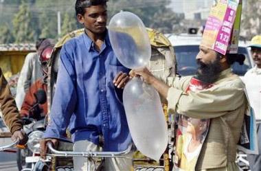 驚呆瞭!印度推出咖喱辣椒味安全套!