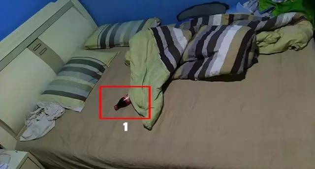 偷看別人的床照是怎樣的體驗?