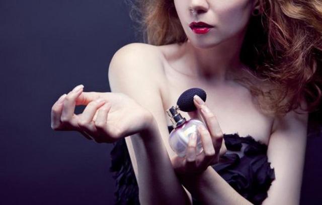 什麼是調情香水?真的可以激起一池春水嗎?