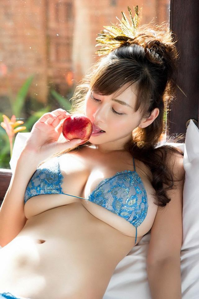 【套圖】乳神杉原杏璃,這美胸足夠讓人纏綿百次!