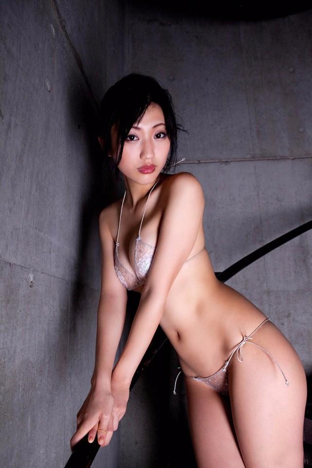 【套圖】騷氣十足日本艷星寫真