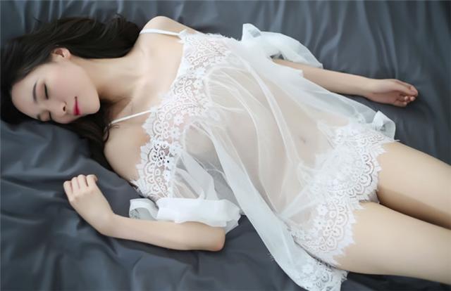 極度誘惑:情趣服裝讓你和她的性生活更加完美刺激!